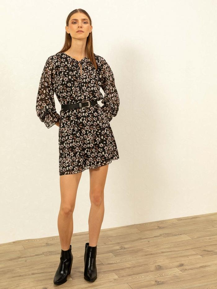 Mini φόρεμα με λουλουδάτο σχέδιο